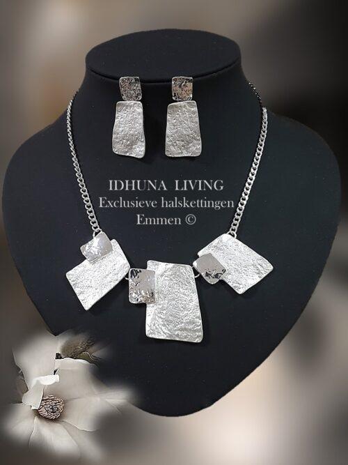 Dames collier zilverkleurig mat en glimmend met bijpassende oorbellen 9821