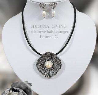 Dames halsketting en oorbellen zilver-zwart met zoetwaterparel XENA