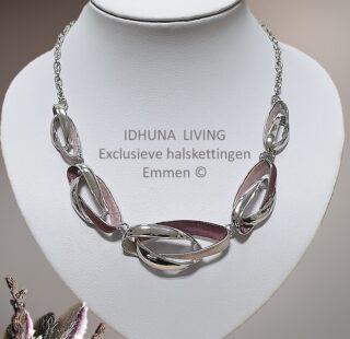 Moderne halsketting dames roze-zilver Louisa Ovale ringen met emaille 28621