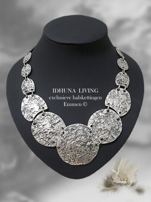 Dames halsketting zilverkleurig TILLY Apart en chique Handgemaakt