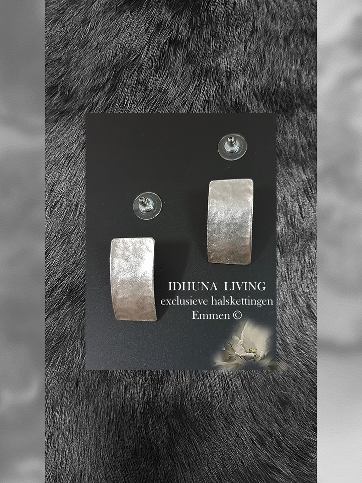 Handgemaakte oorbellen Kleur vintage zilver (handgemaakte sieraden) Engeltjeszilver