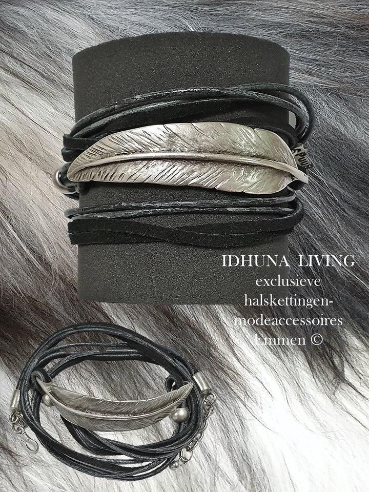 Handgemaakte wikkelarmband dames zilver-zwart met gebogen veer
