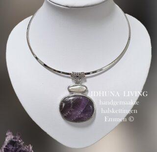 Moderne dames halsketting handgemaakt zilverkleur met Amethist hanger