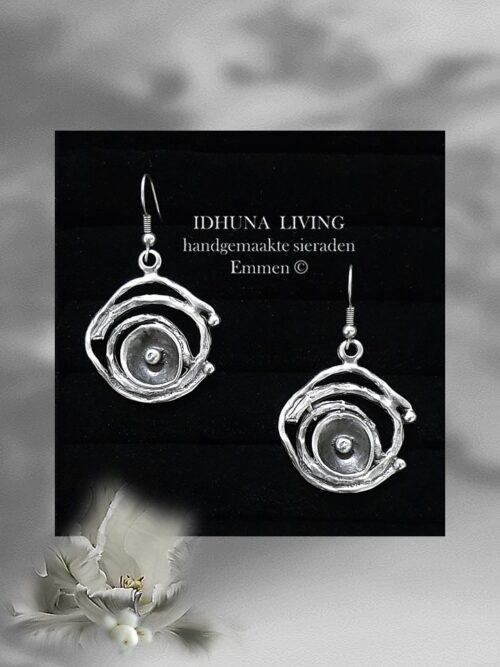 Handgemaakte dames oorbellen hangers in vintage zilver look